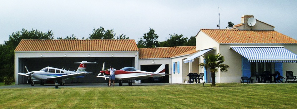 Airpark Costa Rica. Residential Air Park. Fly-in community in Samara Guanacaste Costa Rica.